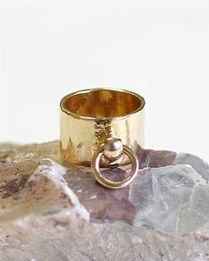 Be Chic! jewelry: Gold ring Lock It