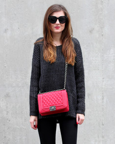 Black sweater POL